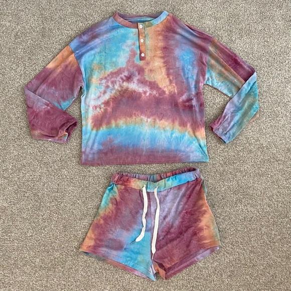 Size Medium Tie Dye Top and Short Set